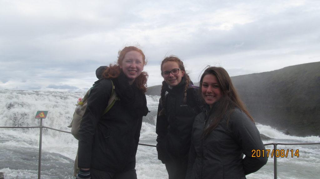 Travel troop at water