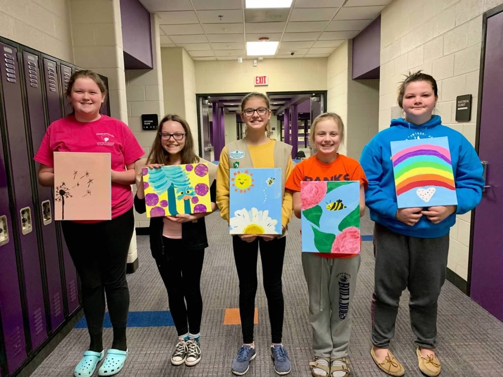 troop-71223-group-painting-photo
